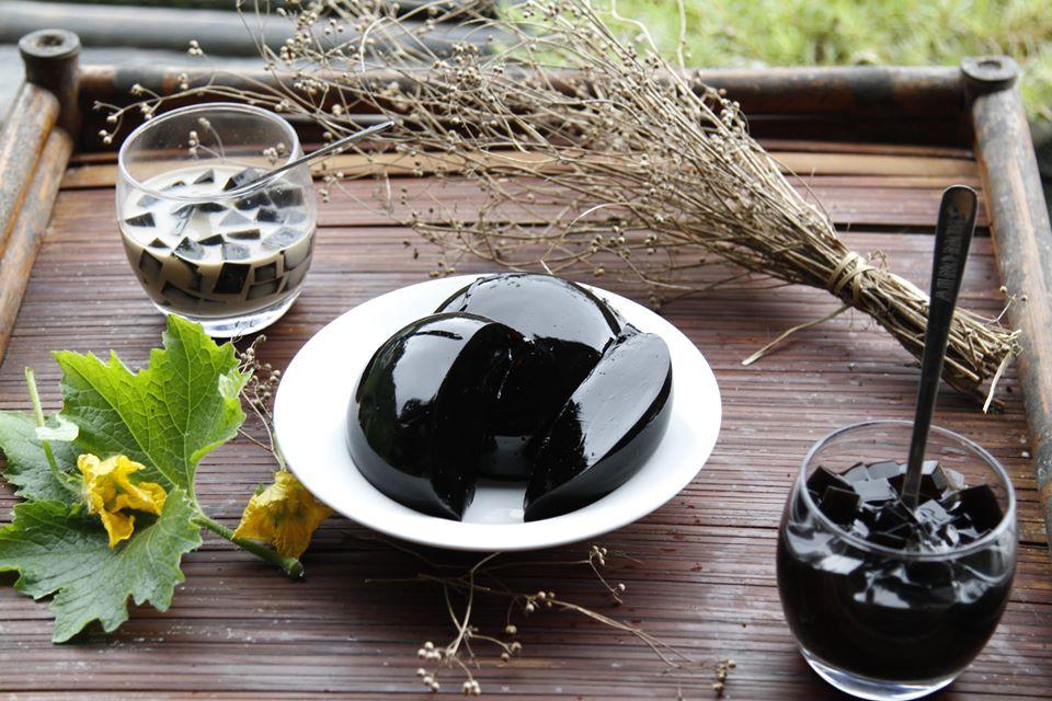 Món thạch đen truyền thống (Ảnh: Trung Nguyên)