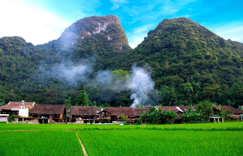 Chiều về trên làng hương Phja Thắp (Hoài Nam)