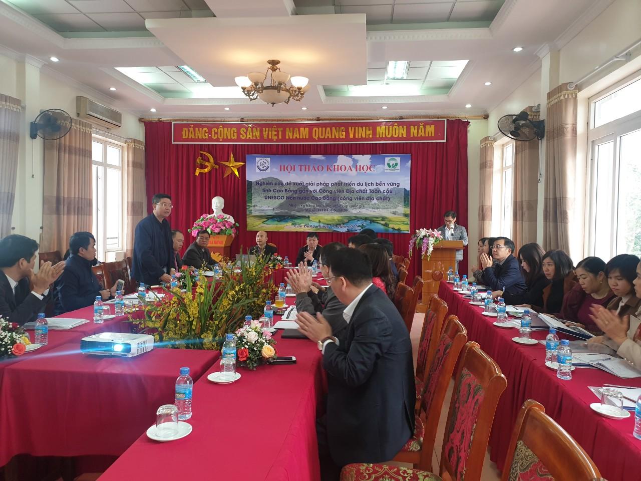 Hội thảo khoa học: Nghiên cứu đề xuất giải pháp phát triển du lịch bền vững tỉnh Cao Bằng gắn với Công viên địa chất toàn cầu UNESCO Non nước Cao Bằng